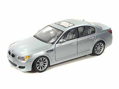 BMW M5 1/18 Silver (Bmw M5 Model compare prices)
