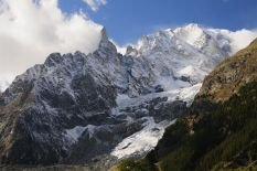 monte-bianco-mont-blanc-seen-from-vallee-d-30-x-20in-canvas-print-framed-and-ready-to-hang