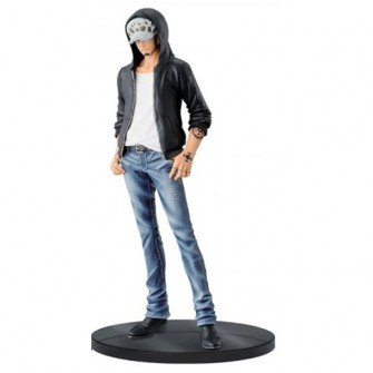 ONE PIECE figure de collection Figurine TRAFALGAR LAW 17cm Ver.B T-shirt BLANC JEANS FREAK One Piece Banpresto