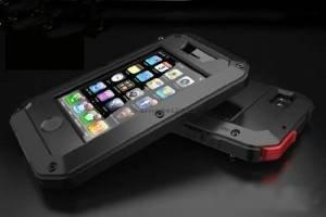 アウトドアに最適!防水・防塵・耐衝撃性を備えたアルミニウムゴリラメタルiPhone5/5s用ケース (Black) -