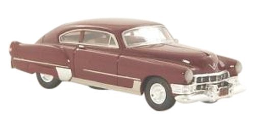 NEO 1/87 Cadillac 62 Series Club Coupe Sedanetto (1949) Dark Red