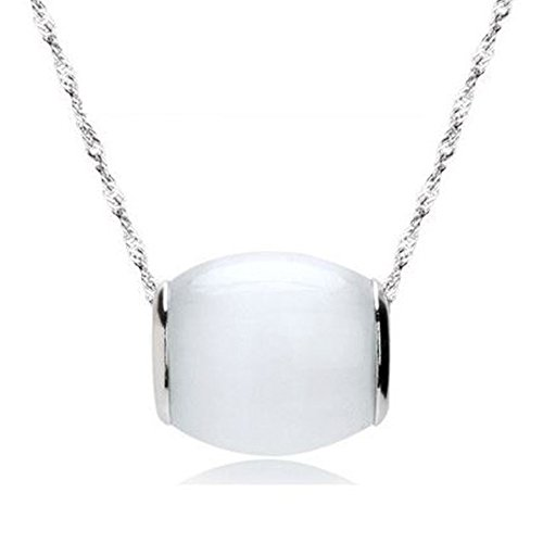 Sephla 925 Sterling Silver Luckly Moonstone Pendant Necklace