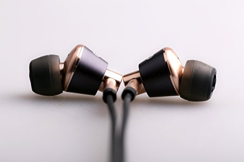 1More Earbud Triple Driver In-Ear Headphones with In-line Microphone