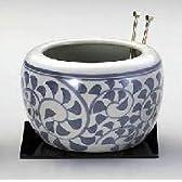 【竹炭、ワラ炭、火箸、敷板も付属】タコ唐草 火鉢 (大)