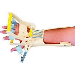 Dyna Dynamic Cock-up Splint (With Finger Extension Assist)-Right-Medium