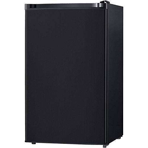 Keystone KSTRC44CB Compact Single-Door Refrigerator with Freezer Section, 4.4 Cubic Feet, Black (Black Mini Freezer compare prices)