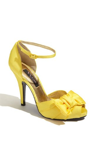 Nina Women'S Electra (Canary Yellow Satin 5.0 M)