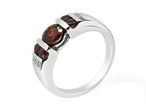9ct White Gold Garnet and 0.024ct Diamond Ring - Size Q