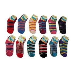 Amazon DDI Children s Fuzzy Socks with Grips