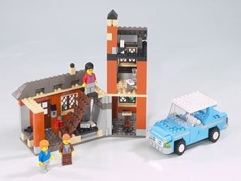 LEGO Harry Potter 4728: Escape from Privet Drive