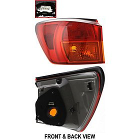 03-06 Dodge Sprinter 2500 Driver Side Tail Light Lamp Assembly