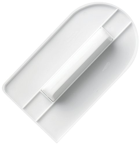 Wilton Easy Glide Fondant Smoother at Amazon.com