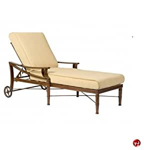 GRID Outdoor Aluminum Padded Cushion Adjustable Chaise Lounge