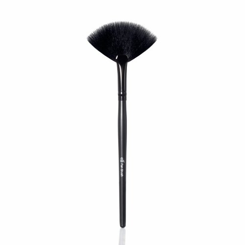 e.l.f. Studio Fan Brush Fan Brush