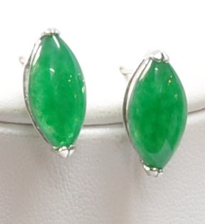 Jade Cats' Eye Earrings