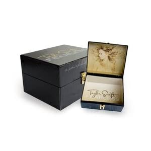 Taylor Swift Bracelet on Taylor Swift  Fearless  Box Set W  T Shirt  Picture Book  Leather