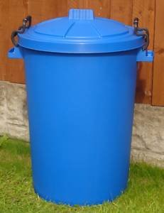 80/85 litre blue garden/house/storage dustbin /bin (made in uk)
