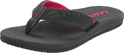 Reef Women's Phantoms Flip Flop Sandal,Charcoal/Hot Pink,6 M US