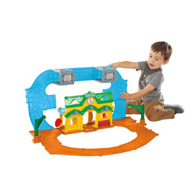 Playskool Sesame Street Elmo Junction Train Set
