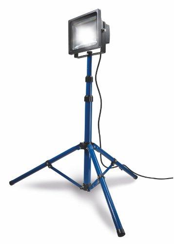 as-Schwabe-Chip-LED-Strahler-mit-Stativ-30W-Profi-Baustrahler-blau-46903