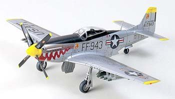 Tamiya 60754 1/72 F-51 Mustang Korean War
