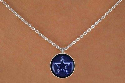 [National Football League!! Dallas Cowboys Chain Logo Necklace] (Mens Dallas Cowboy Football Costumes)