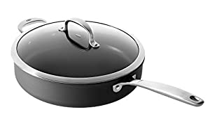 OXO Cookware Good Grips Non-Stick Pro Dishwasher Safe Covered Jumbo Saute Pan, 5-Quart, Gray
