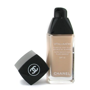 CHANEL Chanel Vitalumiere Fluide Makeup 20 Clair 1 fl oz