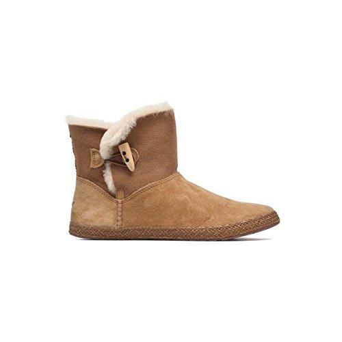 boots-fourrees-ugg-garnet-camel-femme-39