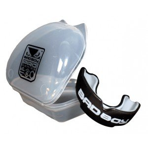 Bad Boy Pro Series Mouth Guard Black (gum shield) ages 11+