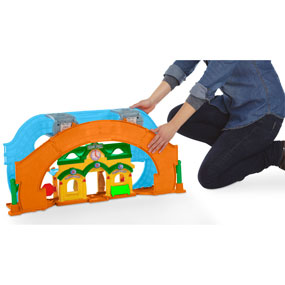 A 2-in-1 train set that's perfect for preschoolers.