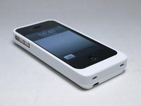 iPhone4 専用 バッテリー付き保護ケース ホワイト