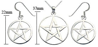 Silver Pendant - plain silver pentagram - Comes with 16' silver link chain. Beautifully designed and hand polished to a very high jewellery standard. delicately packed in a lovely velvet pouch. You can buy the matching earrings also: see menu below