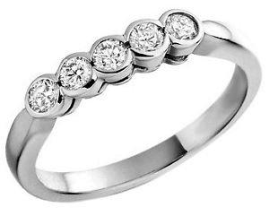0.25 carat 5 Round Diamond Ring in 9K White Gold
