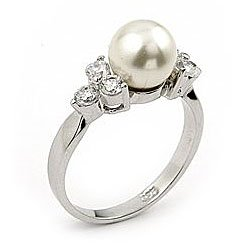 CZ 6 Stone Ring with Pearl Center  Size 8