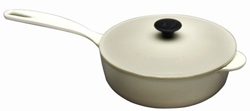 Le Creuset Enameled Cast-Iron 2-1/4-Quart Saucier Pan (Dune)