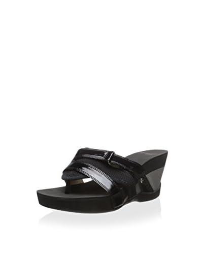 Adrienne Vittadini Women's Damir Sandal