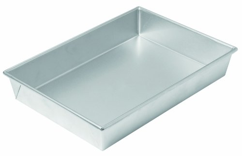 Chicago Metallic 49945 13 by 9 by 2-1/4-Inch Commercial II Traditional Uncoated Bake N' Roast Pan