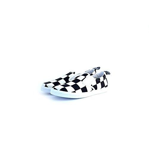Slip-on Love Moschino in tessuto, particolare stampa a scacchi bianco-neri, 39