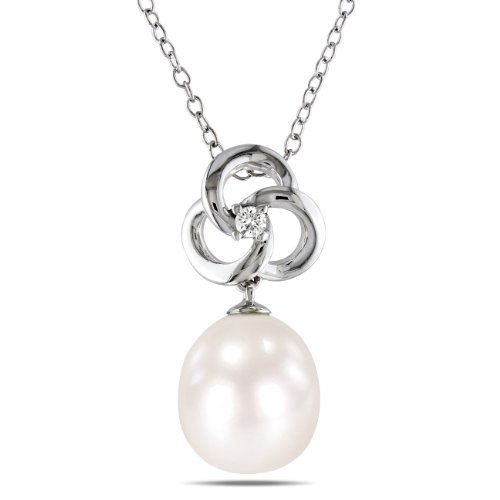Sterling Silver 0.03 CT TDW Diamond Freshwater White Pearl Fashion Pendant (H-I, I3)