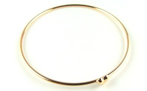 art deco vintage Gold Tone Sweet Love little Heart Charm Bangle Bracelet J019