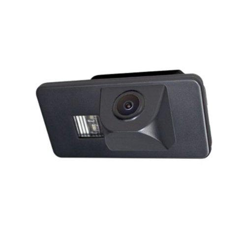 Akhan CAM20 - Farb Rückfahrkamera Einparkhilfe Plugn Play geeignet für BMW E90, E91, E92, E60,E61, E62, E63, E64 E70, E71