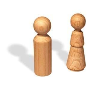 4 Figurenkegel aus Holz 70 mm Frau