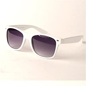 UB Retro Fashion Spring Hinged Fashion Color Sunglasses