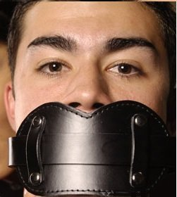 Leather Stuffer Mouth Gag , Unisex Device By Manhood AcademyTM . Made in USA (Not Imported) by Manhood AcademyTM [並行輸入品]
