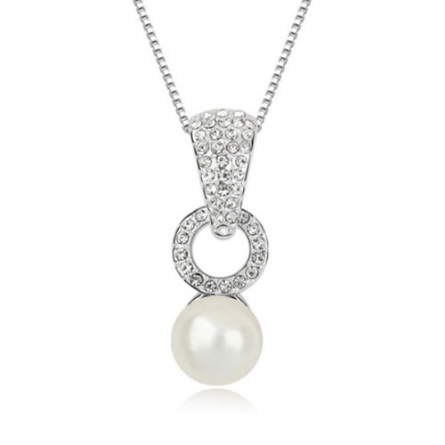 Mqueen White Mother Of Pearl Circle Round Pendant Necklace front-322052
