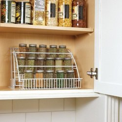 Rubbermaid pull down spice racks spice rack with spices for Carousel spice racks for kitchen cabinets