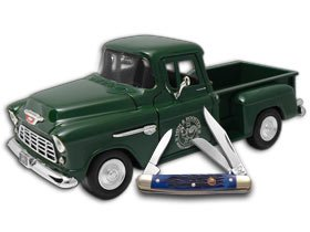 HEN & ROOSTER 1955 Chevy 5100 Truck and Blue Stockman Stainless Pocket Knife Set