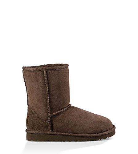 UGG Australia Girls' Classic Short Sheepskin Fashion Boot Chocolate 5 M US