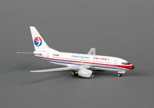 phoenix-china-eastern-b737-700-model-airplane